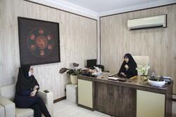 چادر مشکی ارزان فعلا در جلسههاست/ موازیکاری حوزه حجاب را فلج کرد