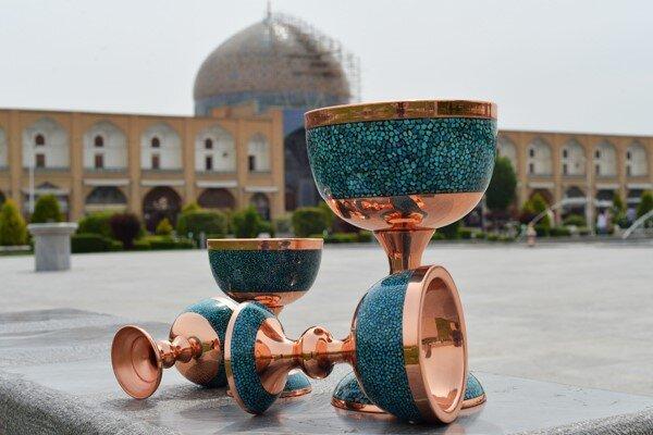 صنایع دستی میناکاری اصفهان و میناکاری روی سفال همدان