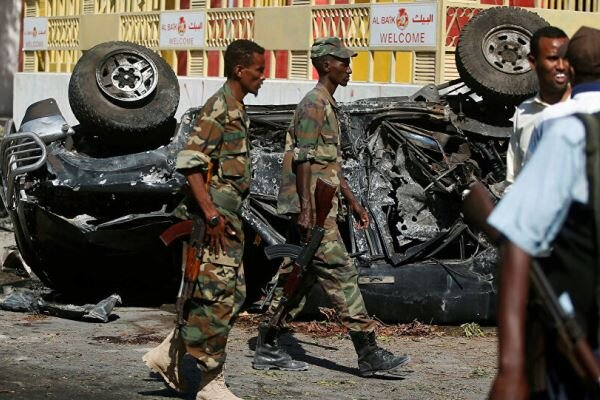 Explosion in Somalia kills 3, injures 10
