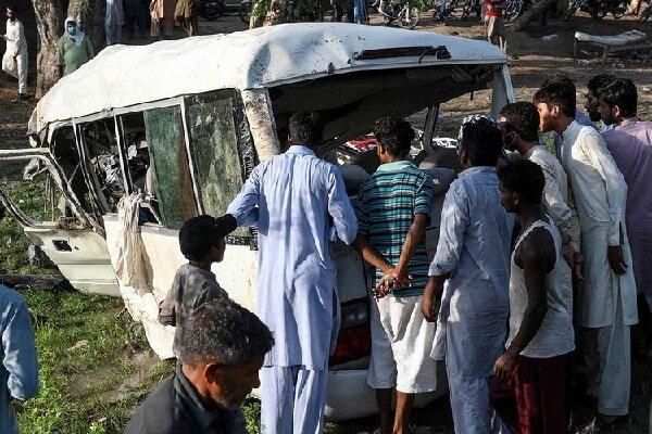 Train-van collision in Pakistan claims 22 lives