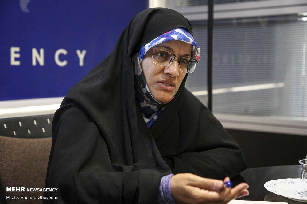 رئیسجمهور یک زن را به عنوان «وزیر آموزش و پرورش» معرفی کند