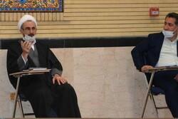 لزوم توزیع عادلانه امکانات رفاهی و فرهنگی در حاشیه شهر ایلام
