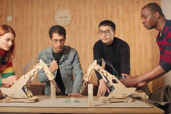تولید اولین بازوی رباتیک تمام چوبی همه کاره