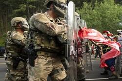 أمريكا تعلن حالة الطوارئ وتنشر قوات الحرس الوطني