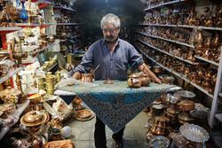 یزد کے روایتی بازار میں تانبے کے برتنوں کا کار و بار
