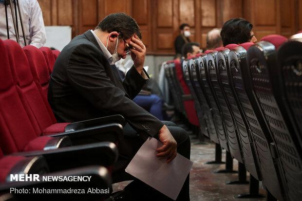 یکی از متهمان پرونده اولین جلسه دادگاه ویژه جرایم اقتصادی در ارتباط با امید اسد بیگی مدیر عامل شرکت کشت و صنعت هفت تپه