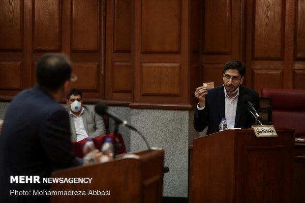 مسعود شامحمدی نماینده دادستان در نخستین جلسه رسیدگی به اتهامات تعدادی از مدیران سابق دولتی در ارتباط با امید اسد بیگی مدیر عامل شرکت کشت و صنعت هفت تپه