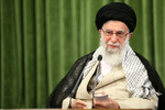 آية الله الإمام الخامنئي: سيكون الصبر على انفجار بيروت صفحة ذهبيّة تُسطّر ضمن مفاخر لبنان