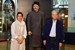 تندیس علی نصیریان رونمایی شد/ نماینده یک نسل تکرار نشدنی