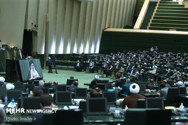 قائد الثورة سيلتقي بنواب البرلمان