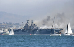 Amerikan savaş gemisinde çıkan yangında yaralıların sayısı arttı
