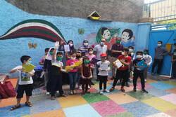 کودکان افغانستانی پذیرای آثار انتشارات علمی و فرهنگی شدند
