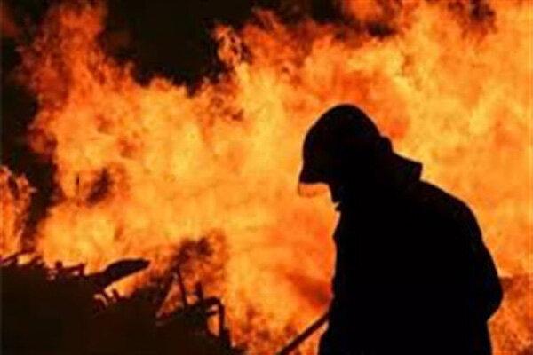 İran'da tekne imalathanesinde yangın çıktı