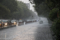 رگبار تابستانی باران در تبریز
