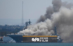 VIDEO: US Navy battles to save burning San Diego warship