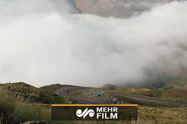VIDEO: Chalus Road floating among clouds