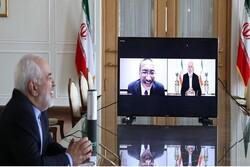 ظریف کی ملائشیا کے وزیر خارجہ سے گفتگو / تجارتی تعلقات کو مضبوط بنانے پر تاکید