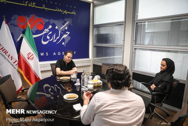 گفتگو با محمدهادی کریمی کارگردان سینما