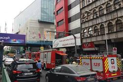 حریق در طبقه اول پاساژ علاءالدین/آتش قبل از رسیدن آتش نشانان خاموش شده بود