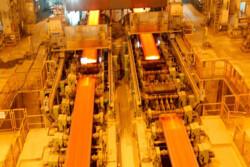 ۵۰۰ چهره سرشناس بیارتباط به حرفه خود، مشتری فولاد در بورس هستند