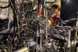 سبکترین آینه جهان از چند صد اتم تولید شد