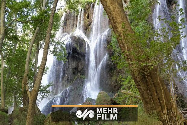 VIDEO: Impressive waterfalls in Chaharmahal and Bakhtiari