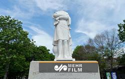 تلاش برای سرنگونی مجسمه کریستوف کلمب