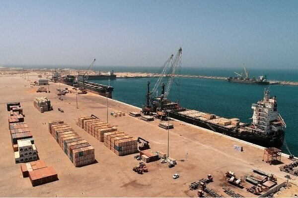 Exports' cost drops in Chabahar Port using transit containers