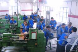 مراکز آموزش جوار کارگاهی در صنایع استان بوشهر راهاندازی میشود