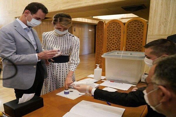 شام کے صدر نے پارلیمنٹ کے انتخابات میں ووٹ کاسٹ کیا