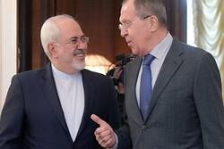 ظريف سيبحث مع نظيره الروسي غداً الملف النووي