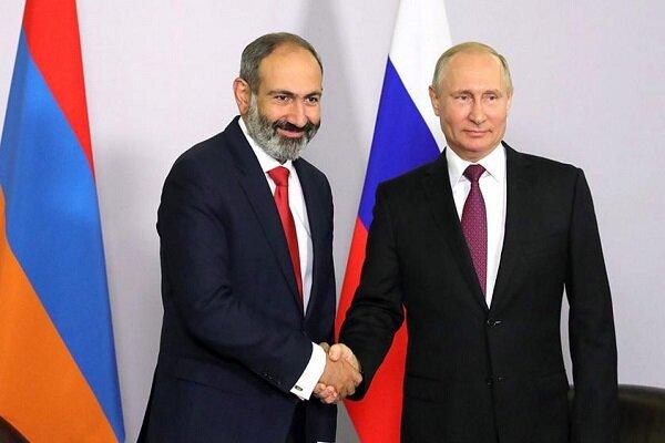 Putin ve Paşinyan Moskova'da bir araya geldi