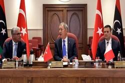 نشست وزرای دفاع ترکیه و قطر با وزیر کشور دولت «وفاق ملی لیبی»