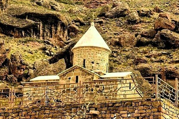 کلیسای تاریخی چوپان در شهرستان جلفا/ایران سرزمین تاریخی آزادی