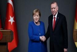 اردوغان و مرکل درباره لیبی و سوریه رایزنی کردند
