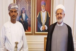 Iran, Oman stress expansion of bilateral ties