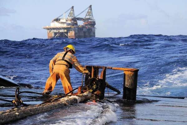 تعامل دانشکده مهندسی دریا با صنعت/جذب فارغ التحصیلان در بازار کار