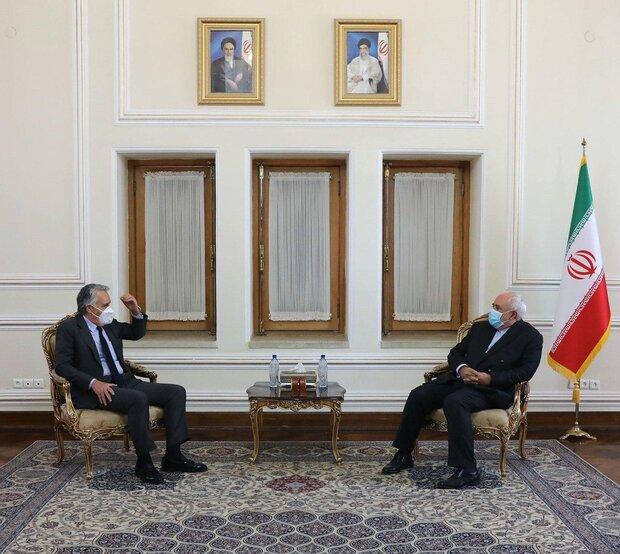 New, outgoing ambassadors meet with Iran FM