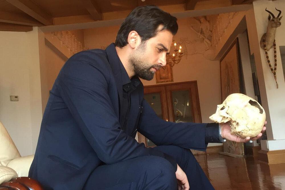 محمدهادی کریمی نویسنده و کارگردان «پسرکشی» ضمن طرح برخی ناگفتهها درباره حضور این فیلم در جشنواره فجر و عرضه اینترنتی آن، تأکید کرد این فیلم را اثری خوش اقبال در سینمای ایران میداند.