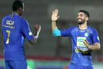 هافبک استقلال اولین بازیکنی که قراردادش را تمدید می کند