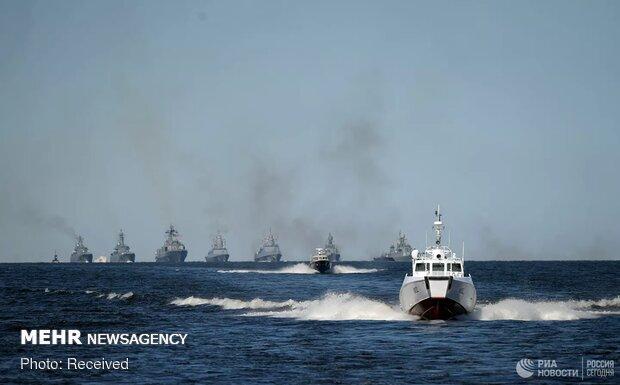رژه دریایی روسیه و ویتنام در بندر «ولادی وستوک»