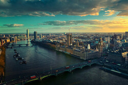 اقتصاد انگلیس تا ۲۰۲۴ به سطح قبل از کرونا بازنمیگردد