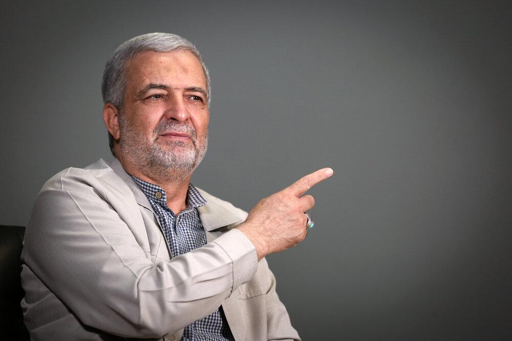 حشدالشعبی نبود،عراق فرو میریخت/ایران به توان دفاعی عراق کمک میکند