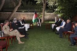 نماینده آمریکا با مقامات افغانستان در کابل دیدار کرد
