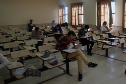 دانشگاه آزاد میزبان ۳۵ درصد شهرستانهای مجری برگزاری آزمون دکتری