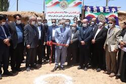 کلنگ ساخت٣۵٠٠واحد در روستای دودمان شیراز بر زمین زده شد