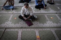 استغاثه و دعای مردم دیار میرزا در روز عرفه / نوای معنویت شهر را فراگرفت