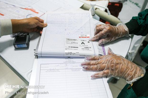 Plasma donation for coronavirus patients
