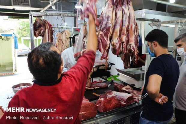 توزیع گوشت قربانی بین نیازمندان
