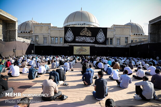 مراسم دعای عرفه در هیئت ثارالله زنجان